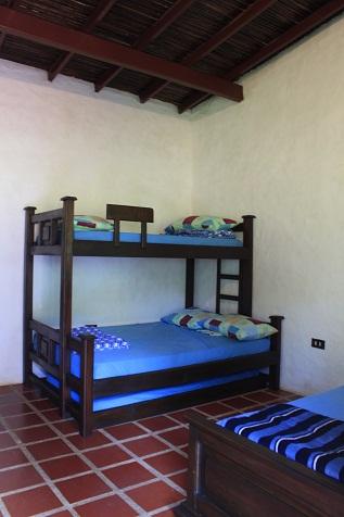 1 cama 4 personas - 1 1